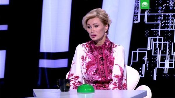 Цыганова попыталась остановить рассказ мужа о Пугачевой: