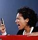 Мобильный шпион или мобильный помощник?