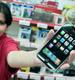 Продажа телефонов Iphone.  Фото: РИА Новости.