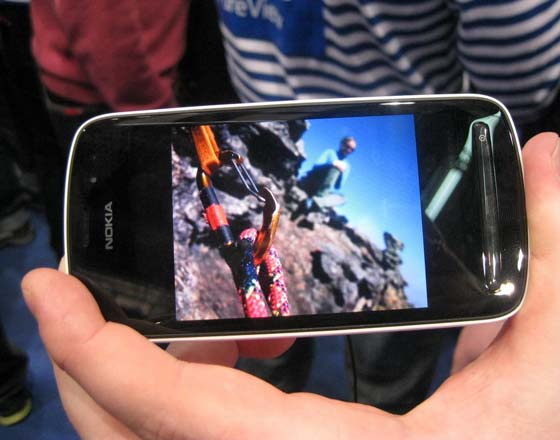 n16 [MWC 2012] Nokia 808 PureView: how it works
