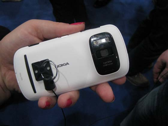 n2 [MWC 2012] Nokia 808 PureView: how it works