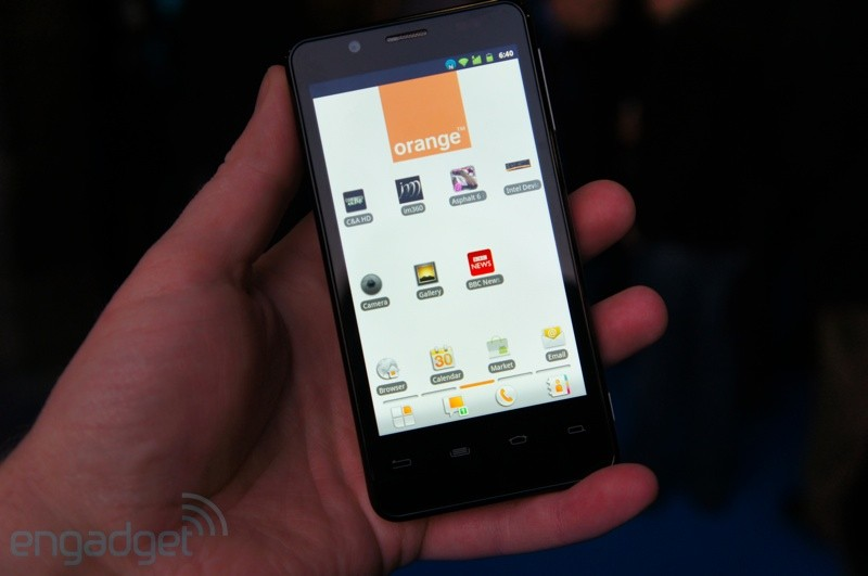 [MWC 2012] Xolo X900 and Orange Santa Clara based on the processor Intel Atom