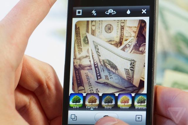 Inatagram будет продавать пользовательские фотографии