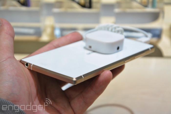 Gionee представила смартфон Elife S5.5, самый тонкий смартфон в мире