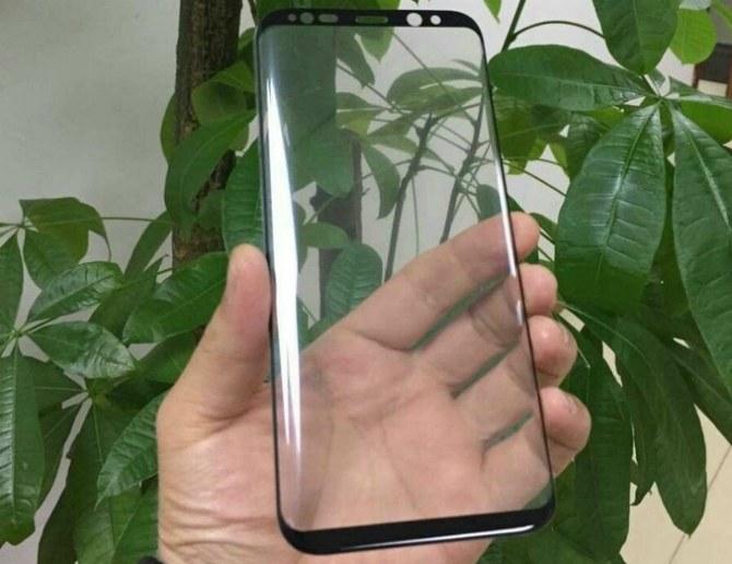 Компания Самсунг поведала о собственном новом телефоне Galaxy S8