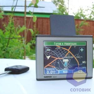 GPS навигатор Garmin Nuvi 300