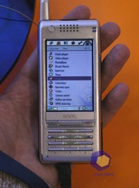 BenQ P30 на выставке Symbian Expo 2005